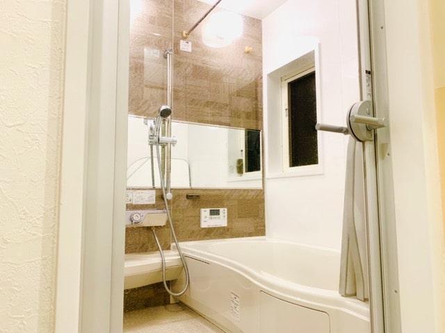 バスルーム 透明ドア