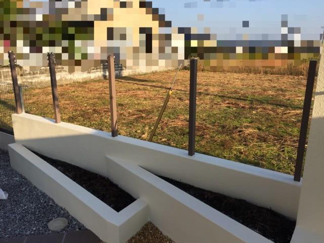 樹脂木製フェンス支柱