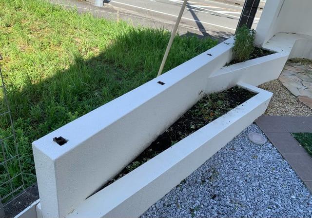 樹脂木製支柱が折れた