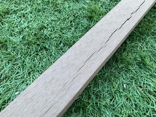 樹脂木製フェンス支柱 劣化